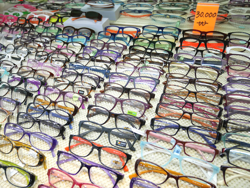 国際市場で眼鏡を作ってみよう