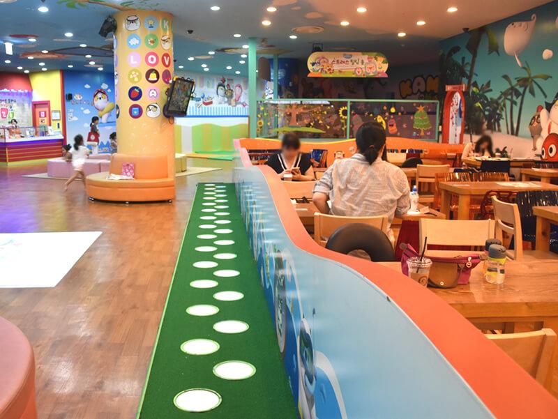 KAMBUキッズカフェの併設スペース2