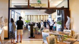 アウトリガーグアム内パームカフェ
