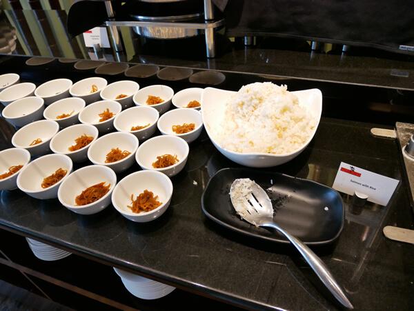 パームカフェの朝食 サーモンライス