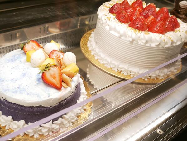 アウトリガーグアム内 ザグラインド ケーキ