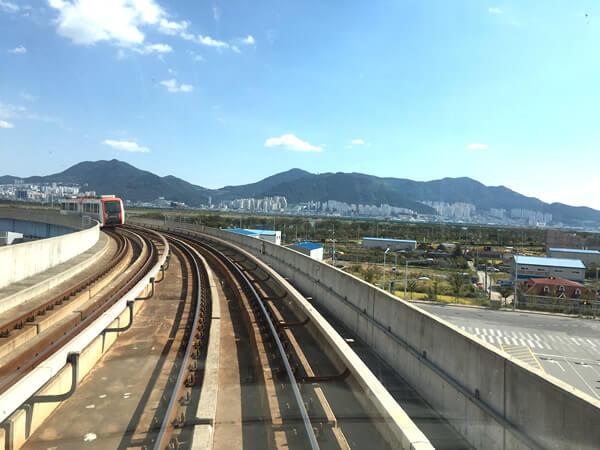 釜山金海軽電鉄