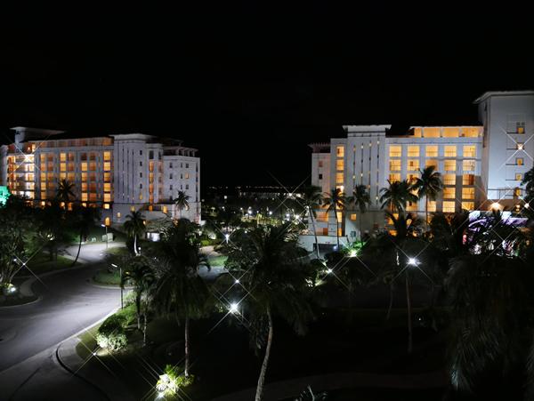 レオパレスリゾートグアムの夜
