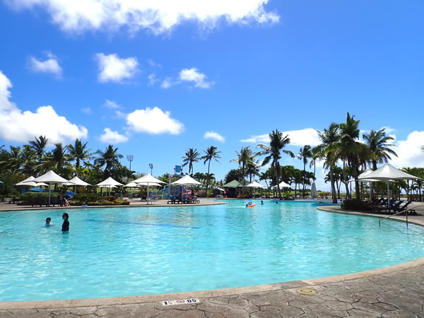 レオパレスリゾートグアム プール