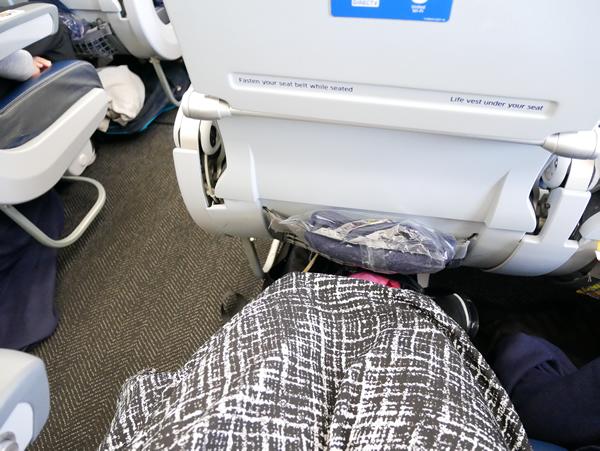 UA166便 座席