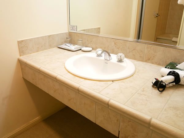 レオパレスリゾートグアム ツインルーム 洗面所