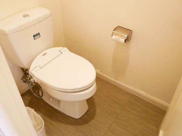 レオパレスリゾートグアム ツインルーム トイレ