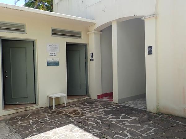 レオパレスリゾートグアムのホテルプール/トイレ&更衣室