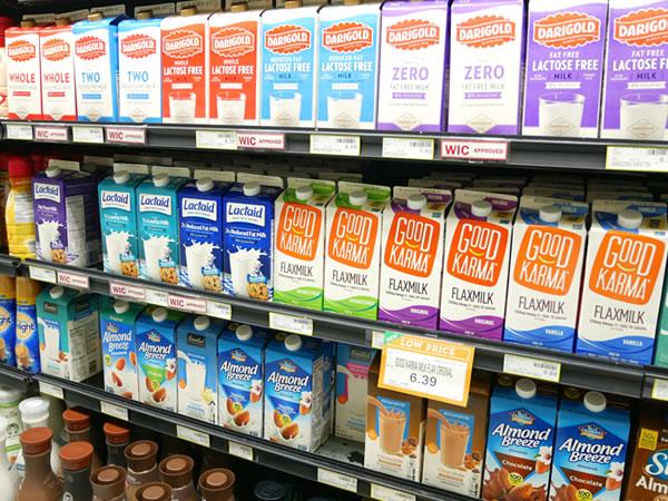 ペイレススーパーマーケットのミルク類