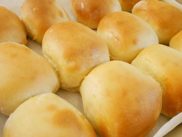 ローンスターステーキハウスのテイクアウトのパン