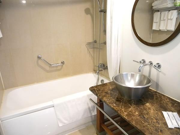 グアムプラザホテルのバスルーム