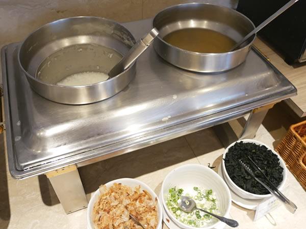 ロイヤルイン台北南西の朝食