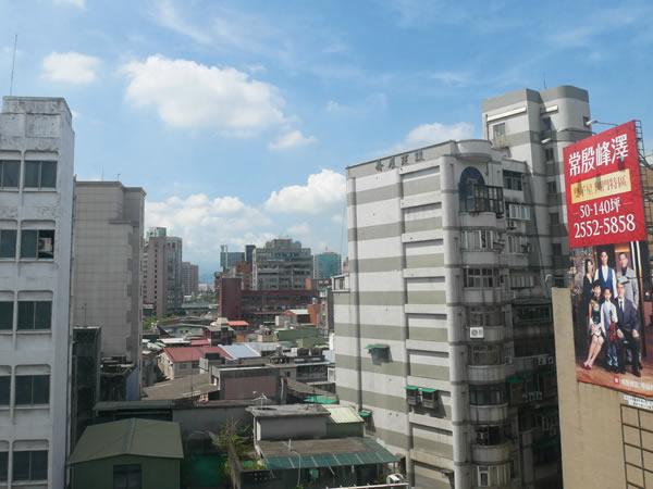 台北中山駅付近