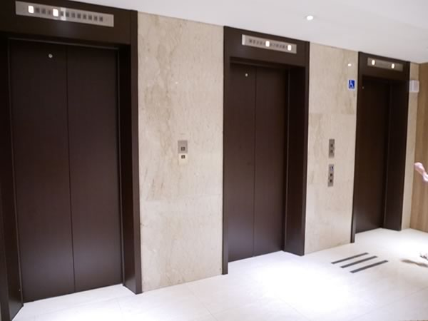 ロイヤルイン台北南西のエレベーター