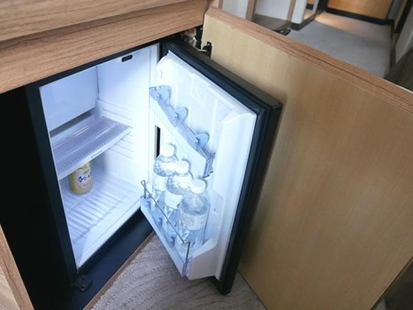 ロイヤルイン台北南西ファミリーツインの冷蔵庫