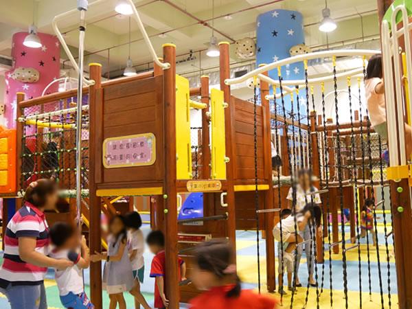台北市児童新楽園の屋内施設